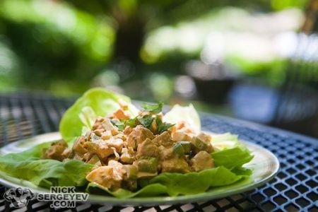Острый салат с куриным филе