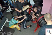 Николай Сергеев - Подготовка к Кубку Украины UPA 2013 - Жим 340 на 2 раза